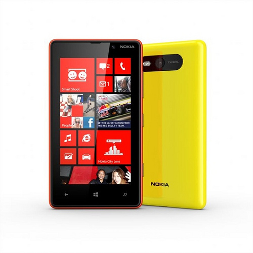 Nokia Lumia 820 (CC-Lizenz) http://www.flickr.com/photos/appsmanila/