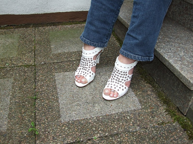 Yves neue Schuhe Part 1